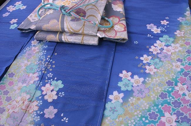 ブルー地小花振袖&銀地袋帯  帯〆・帯揚げ・重ね衿 5点セット