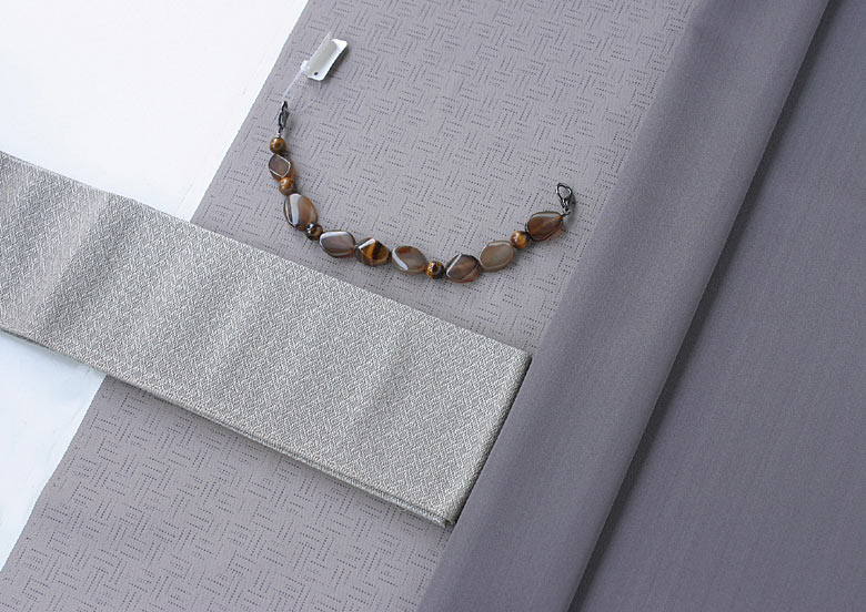 西陣 お召し 【絹100%】 AB反 と 米沢お召し 【絹100%】  角帯・羽織紐のセット